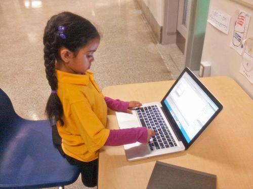 volunteer: 6yr old + HTML
